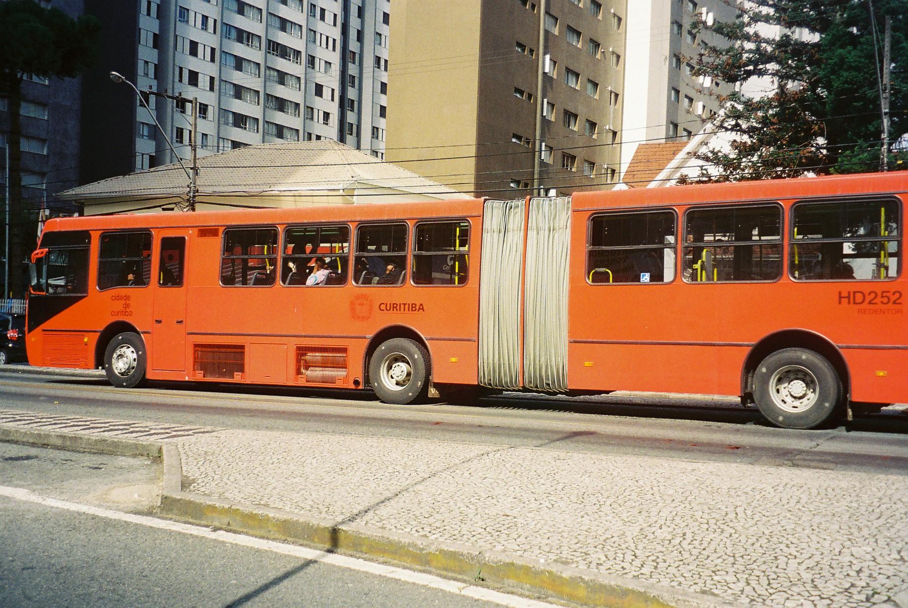 curitiba bus double jul08