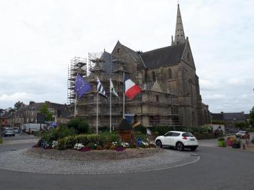 elven-church-st-alban-on-place-jul18