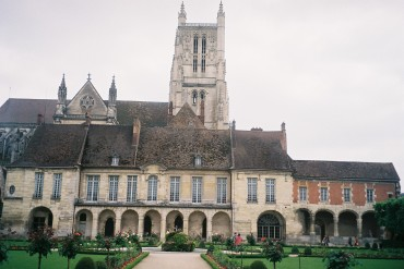 Meaux episcopal palace and mus Bossuet jun10