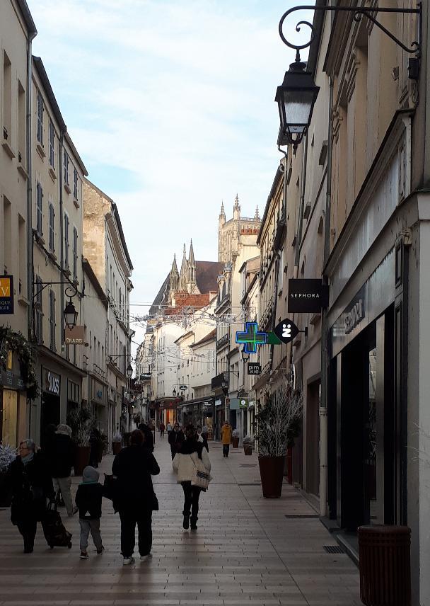 meaux-rue-gen-leclerc-pedestrian-dec18