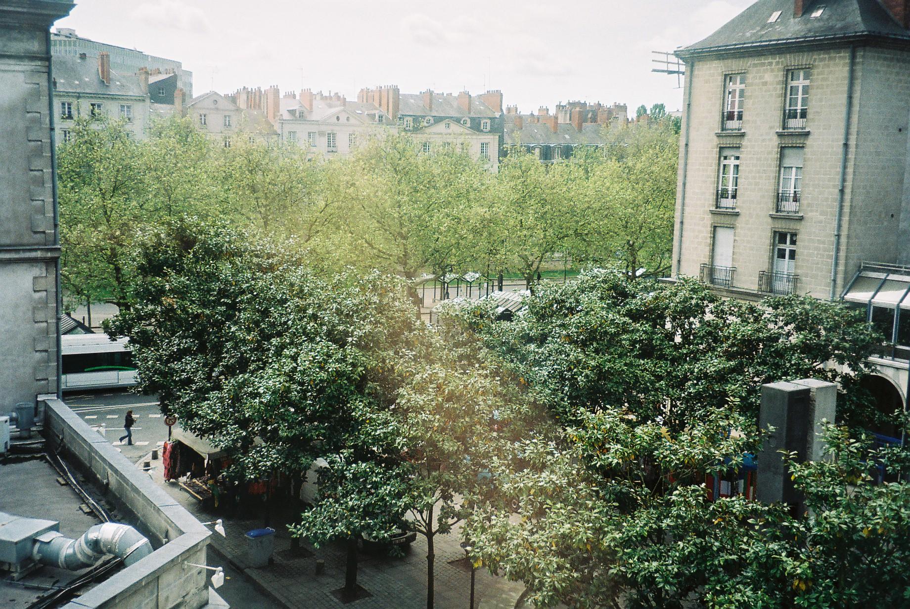 nantes mercure hotel to garden apr08