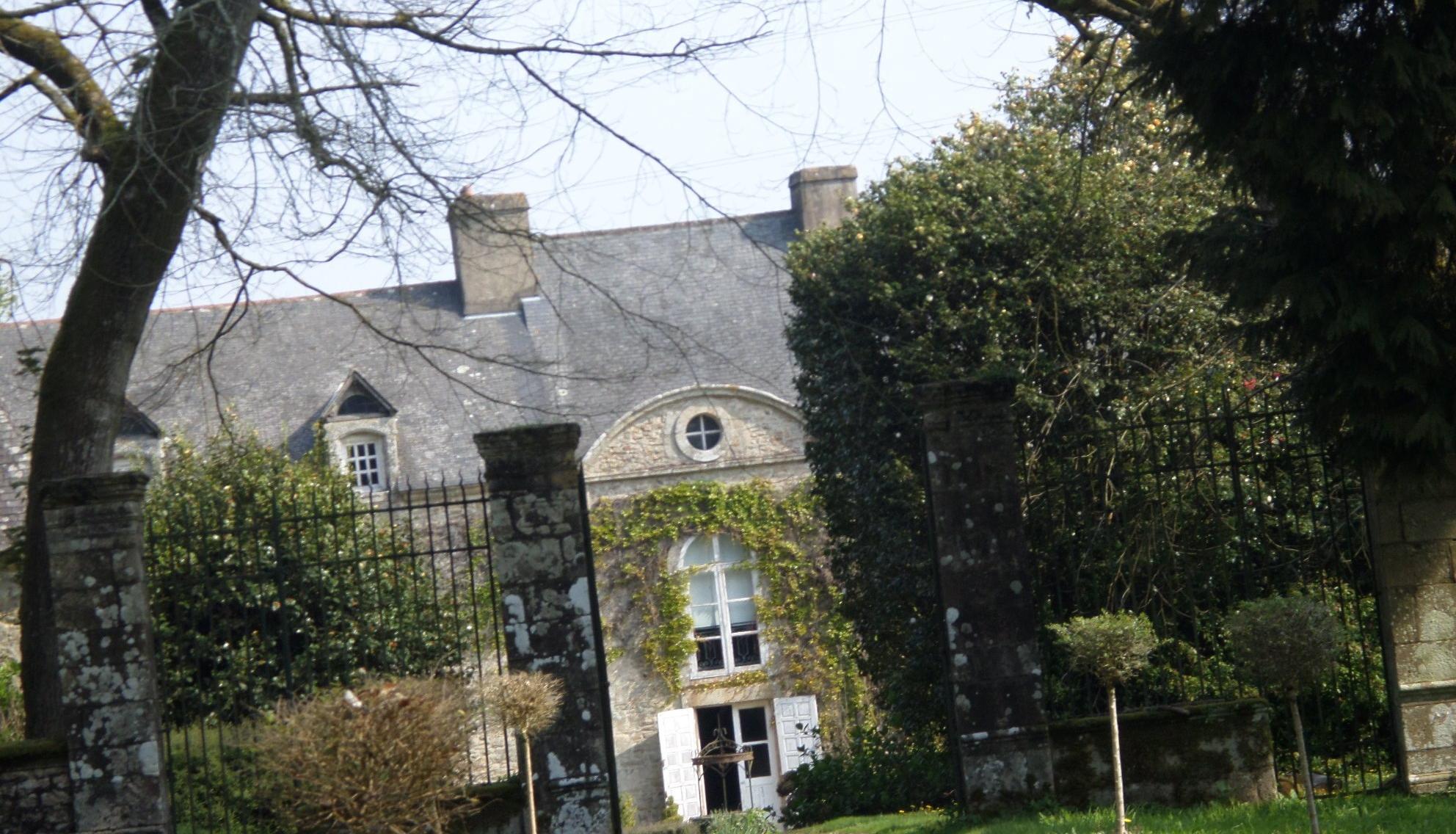 pluvigner-castle-kerlois-ent