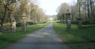 pluvigner-castle-keronic road