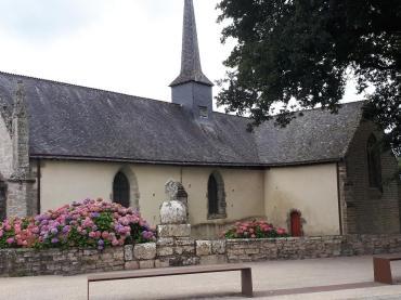 St Ave Chapel ND du loch side aug21