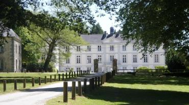 st-ave-chateau-de-beauregard-facade