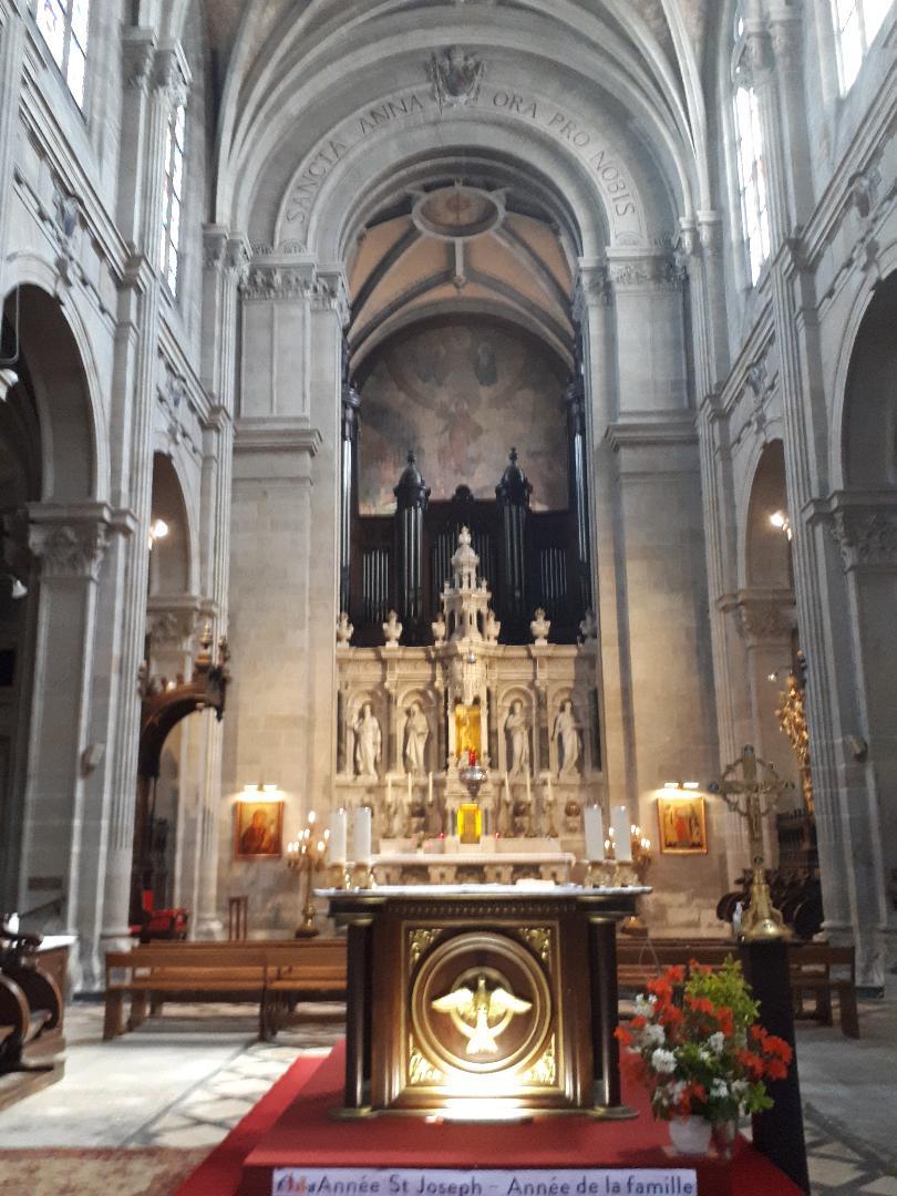 Ste Anne d Auray Bas Ste Anne altar may21