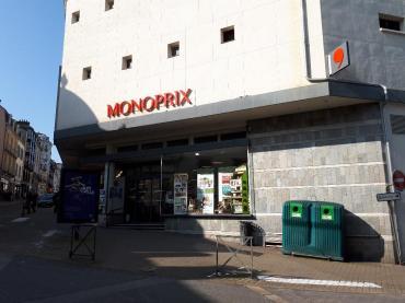 vannes-monoprix-store-entrance-feb18