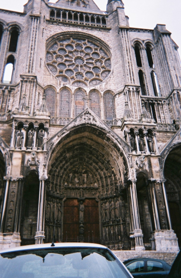 chartres-cathedral-front