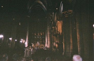 chartres-cathedral-nave-inside