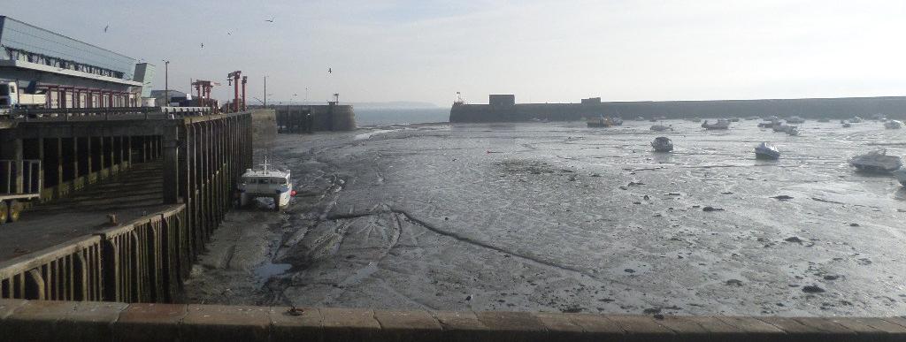 granville-le-port-bas-maree-boats-nov17