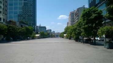 hcmc-le-thanh-sq-left-side-mar16