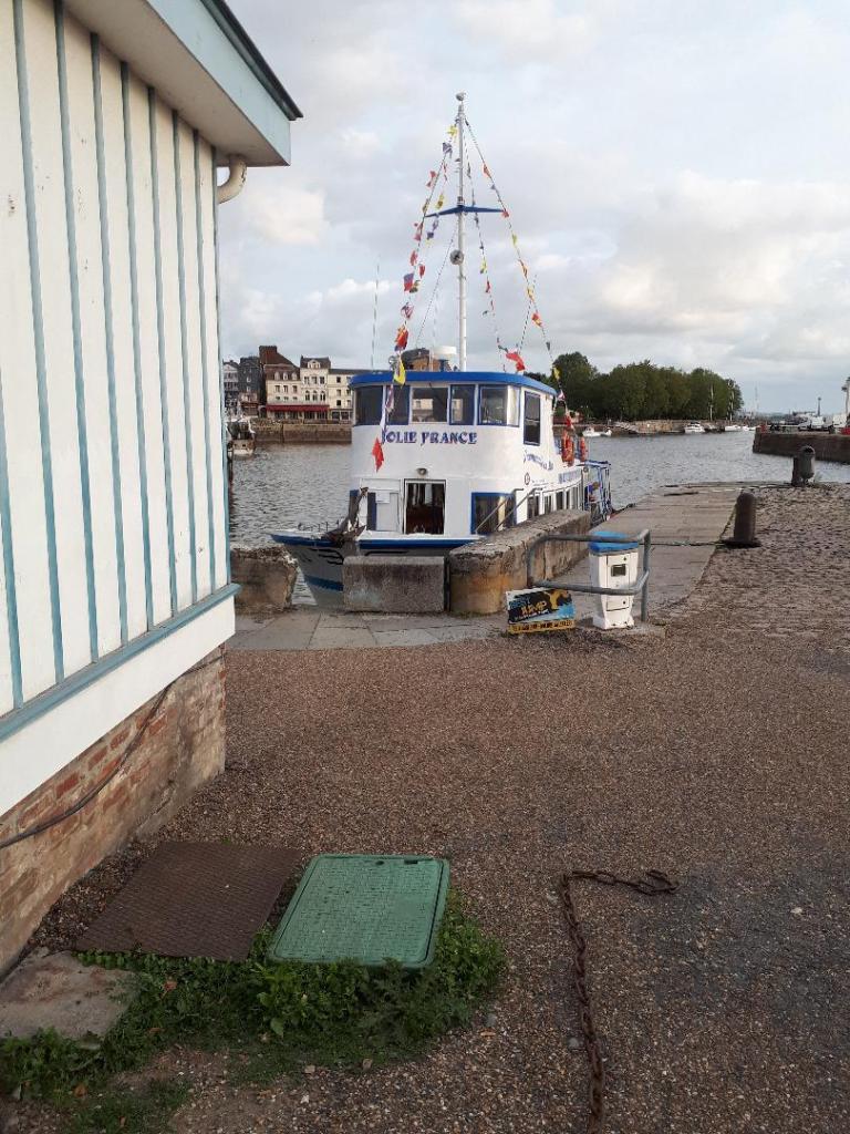 hon-jolie-france-cruiser-boat-aug18