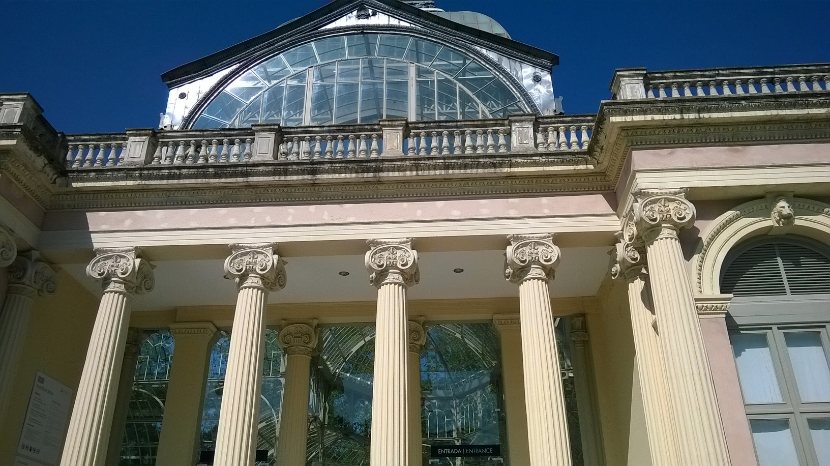 madrid retiro park palacio de cristal front may16