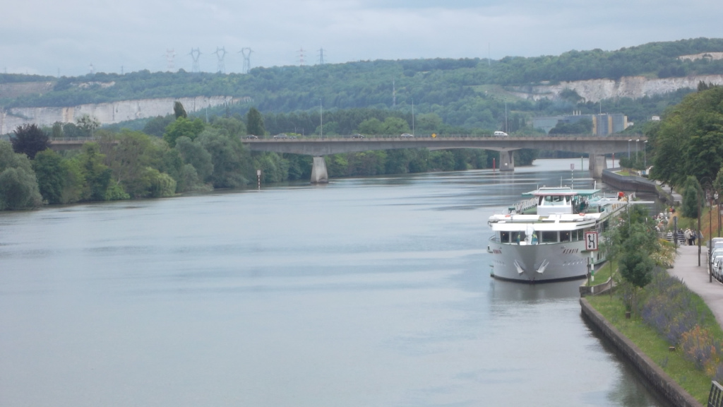 mlj-seine-cruises-at-city-jun12