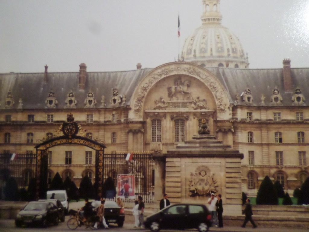 Paris hotel des invalides and dome st lous church behind c1995