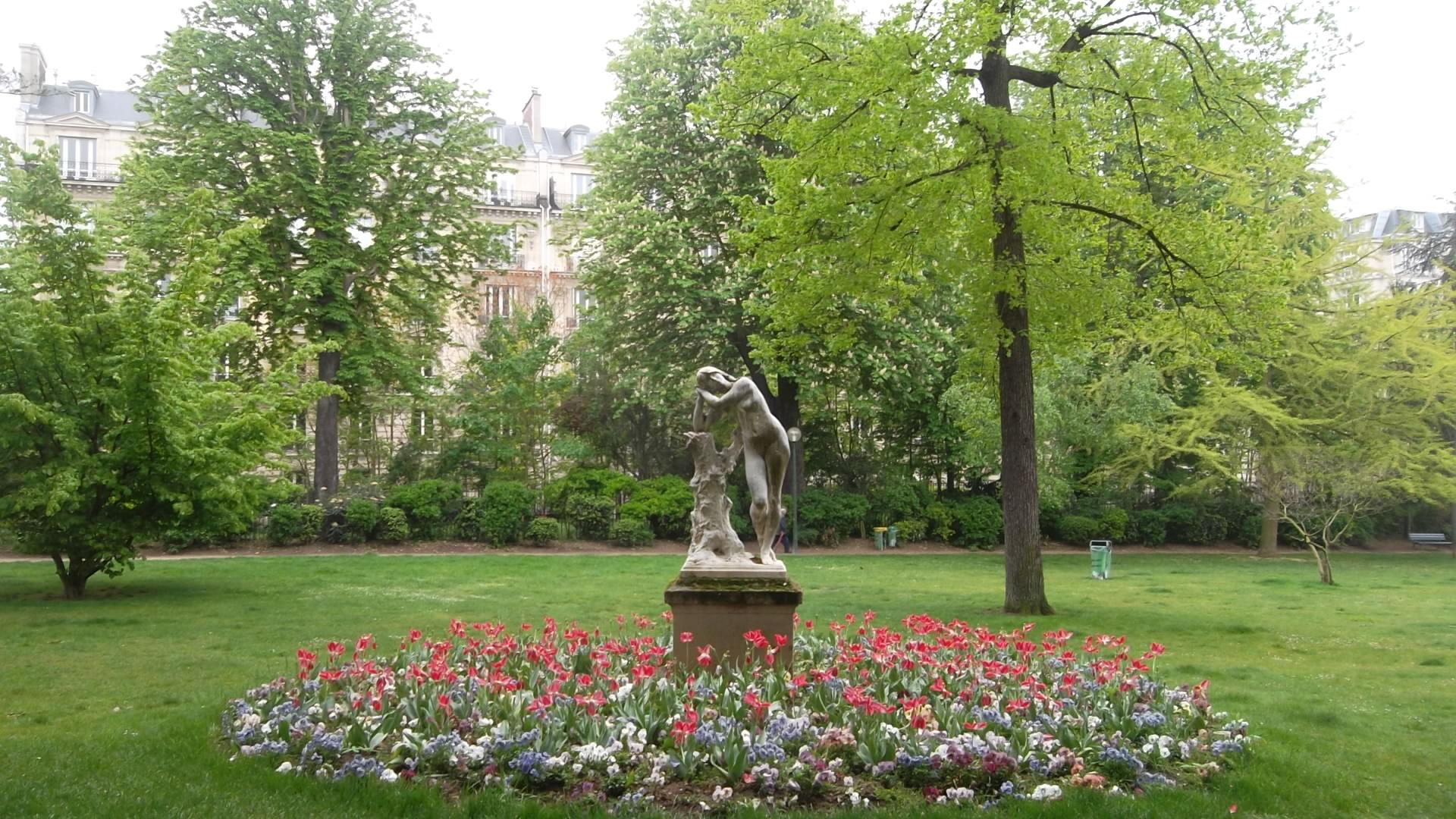 paris jardin du ranelagh statue 28apr12