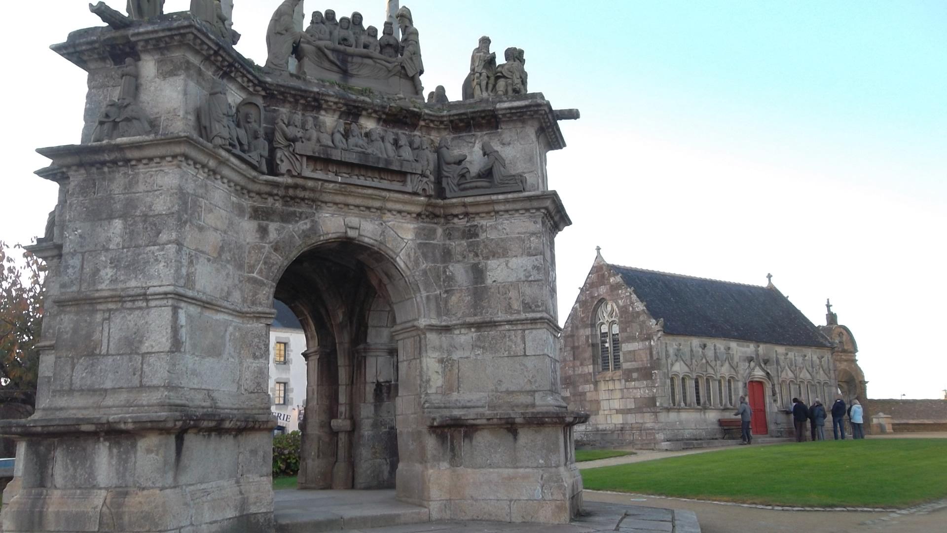 pleyben-calvaire-and-chapel-enclos-saint-germain-l_auxerrois-nov12