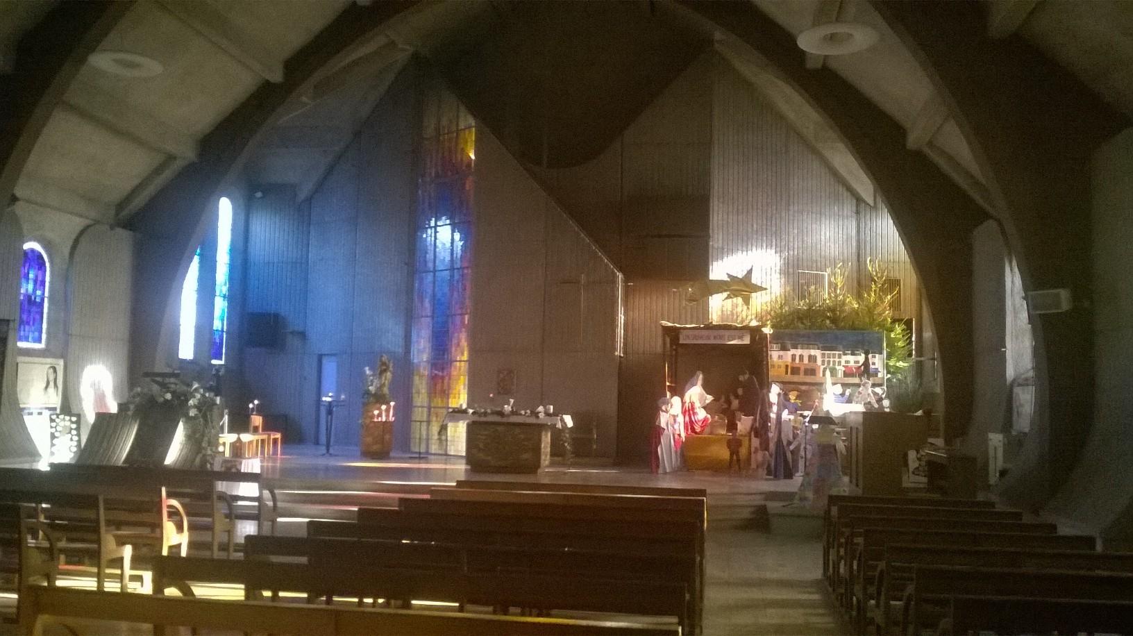ploemeur ch st pierre altar jan18