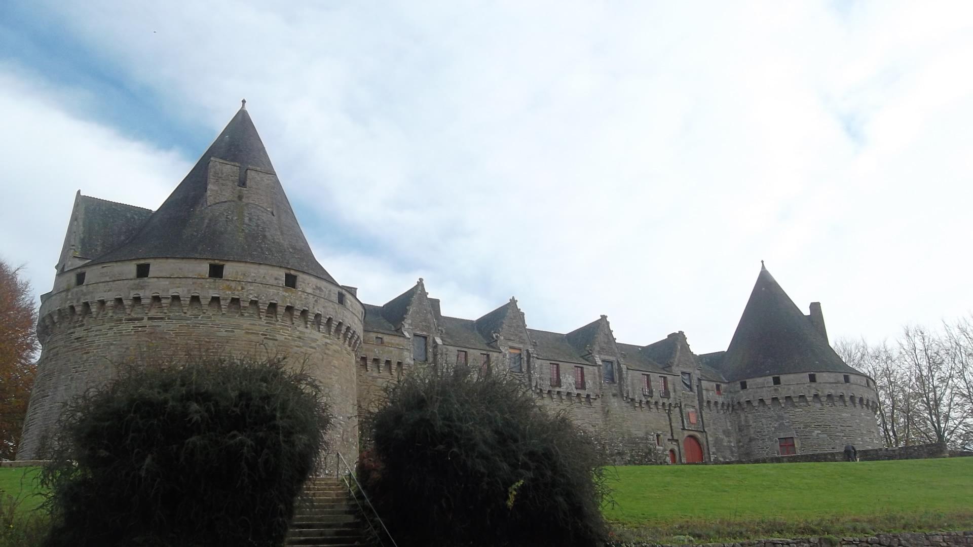 pontivy-chateau-rohan-far-nov11