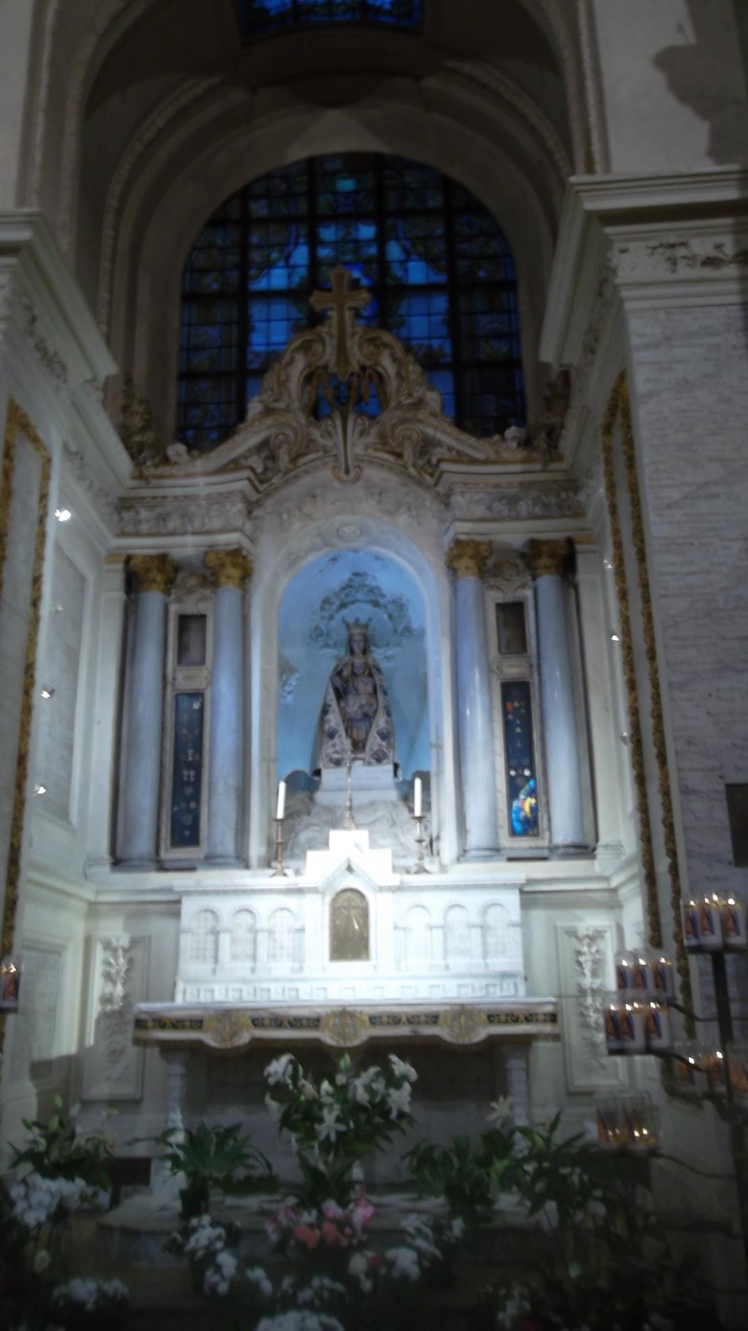 rennes-bas-st-sauveur-virgin-chapel-dec13