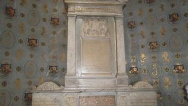 SGL-tomb-king-James-II-England-eg-St-Germain-mar12