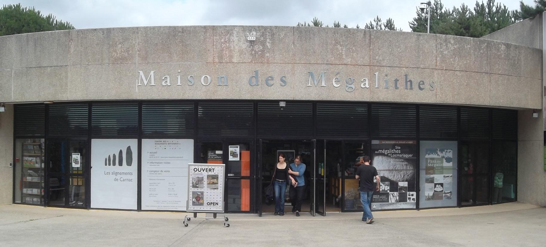 carnac-maison-des-megalithes-jul12