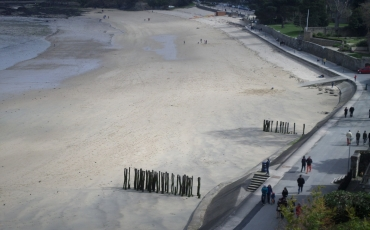 dinard-plage-du-prieure-closeup-apr15