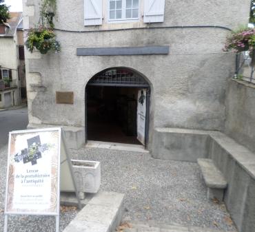 lescar-museum-antiques-aug14