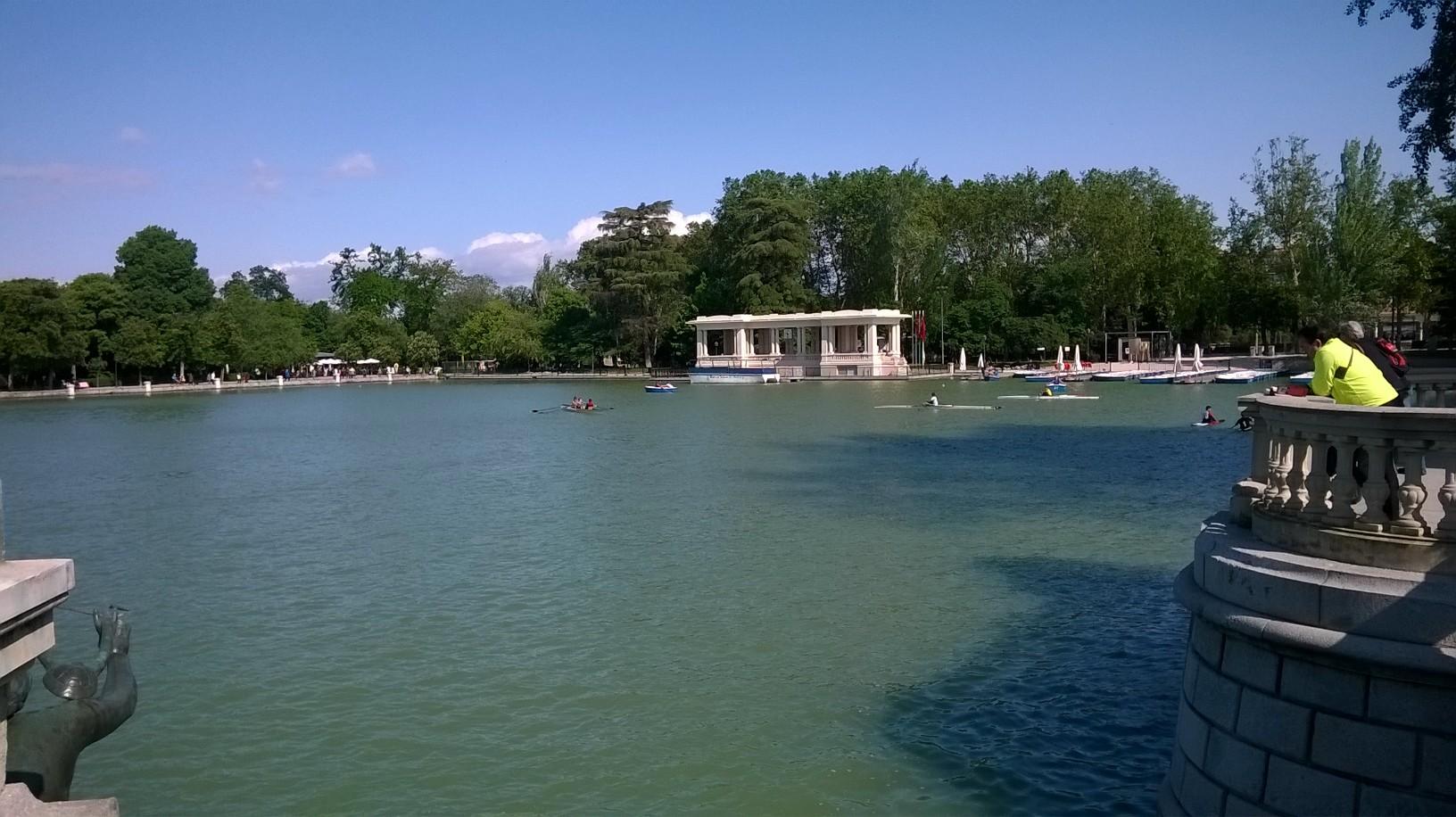 mad-retiro-park-boat-rentals-may16
