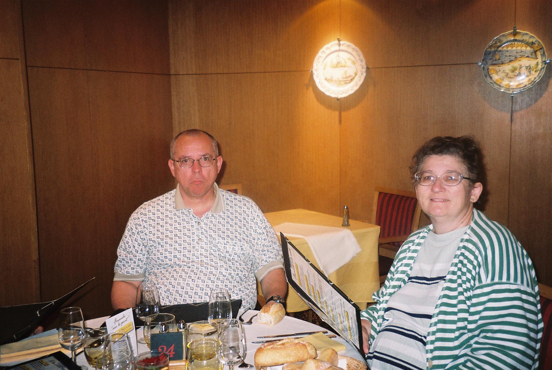 Orleans mercure centre hotel le chaland resto PF et MF aug07