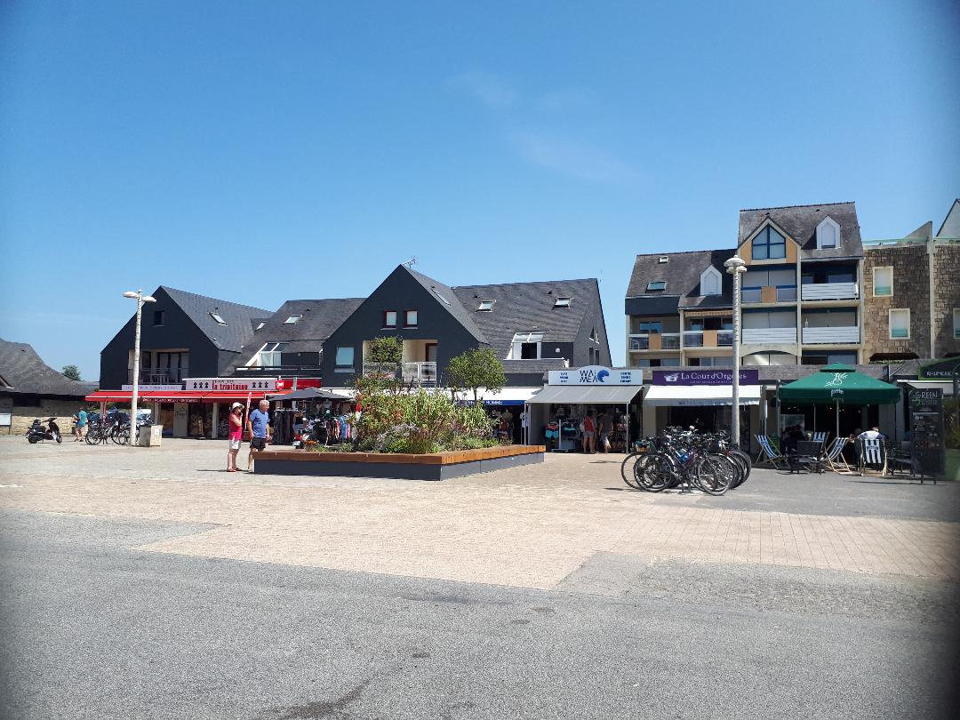 Port du Crouesty prom shops la trinitaine jul21