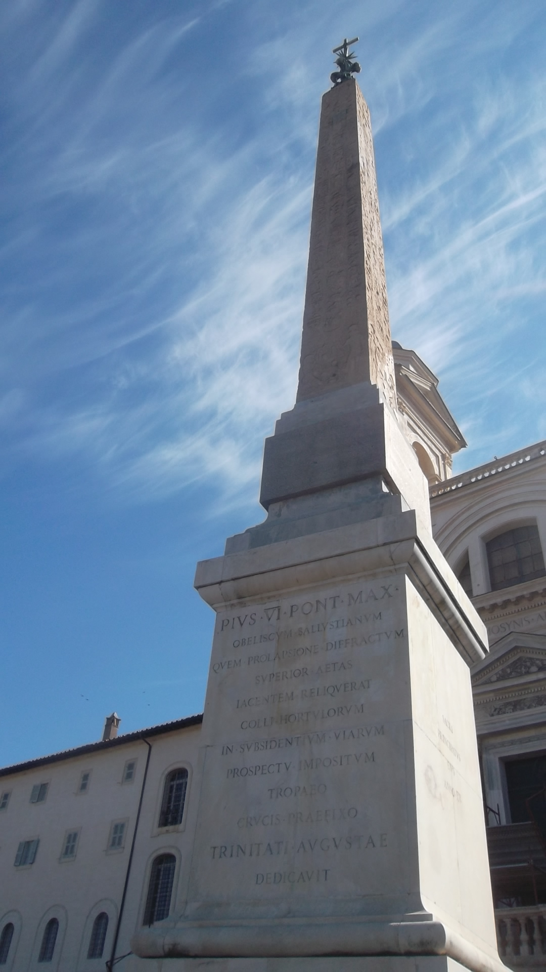 roma-church-trinite-des-monts-obelisk-closeup-aug13