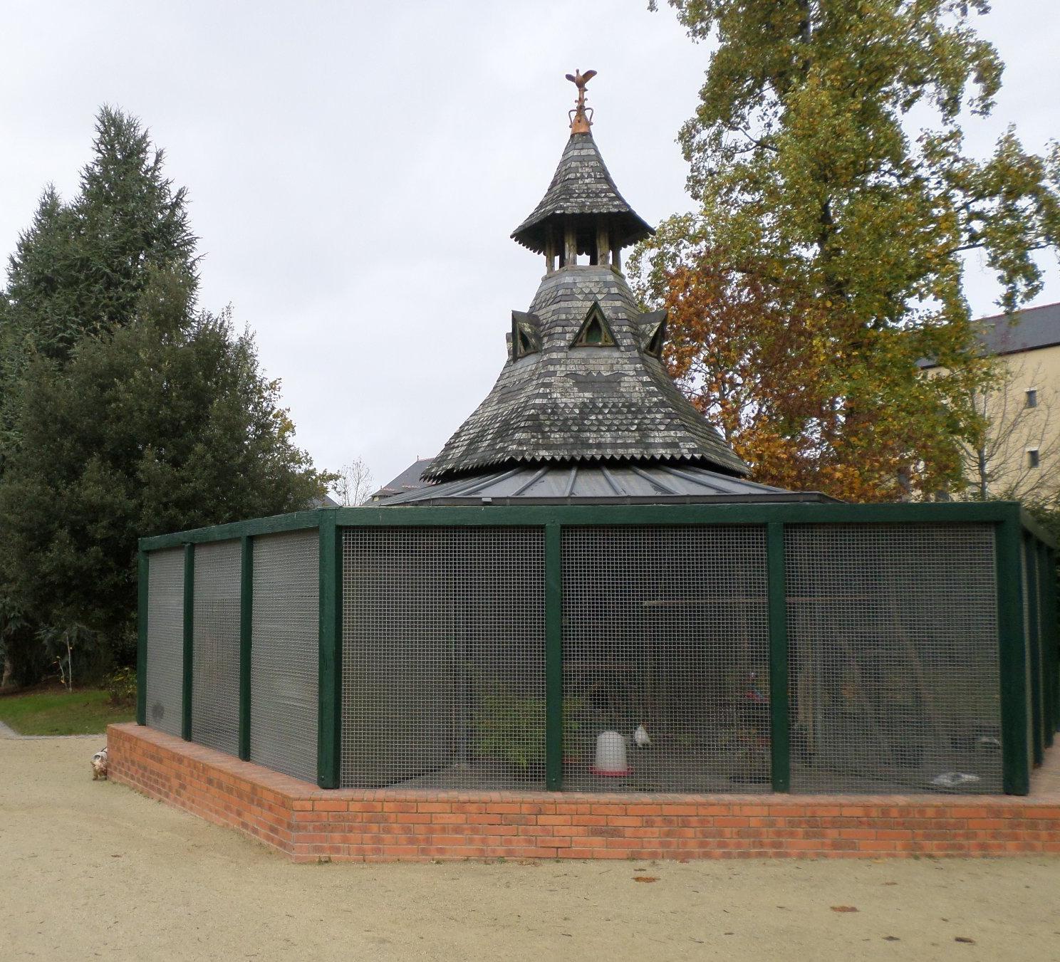 vitre-jardin-du-parc-pigeons-house Nov14