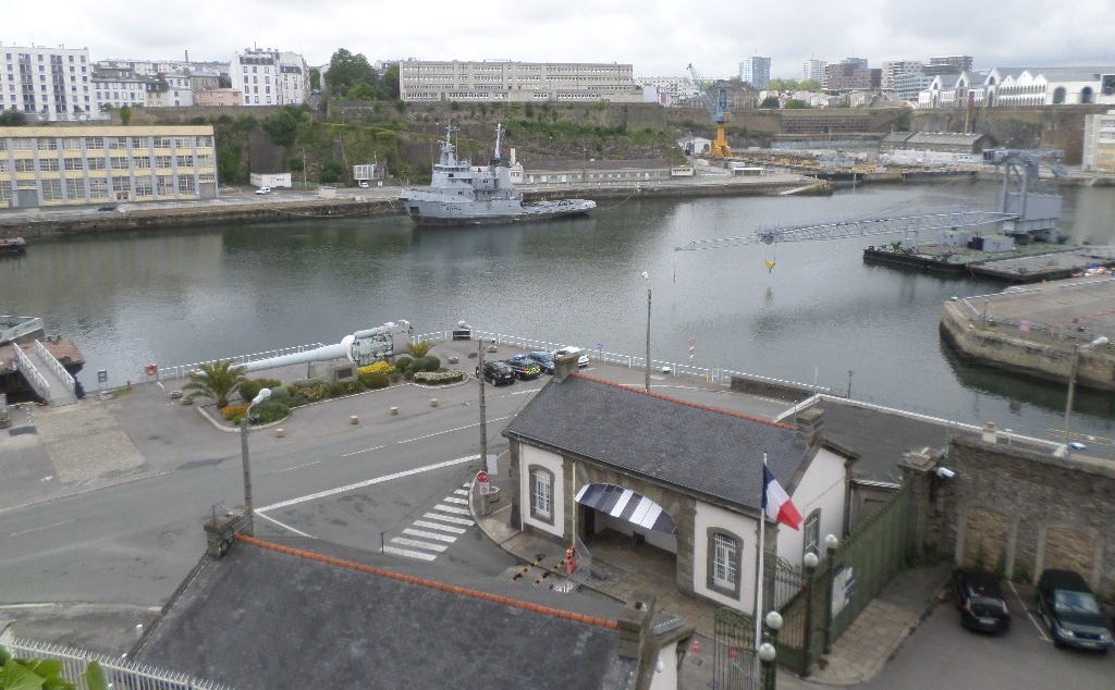 brest-arsenal-boats-and-canons-may17