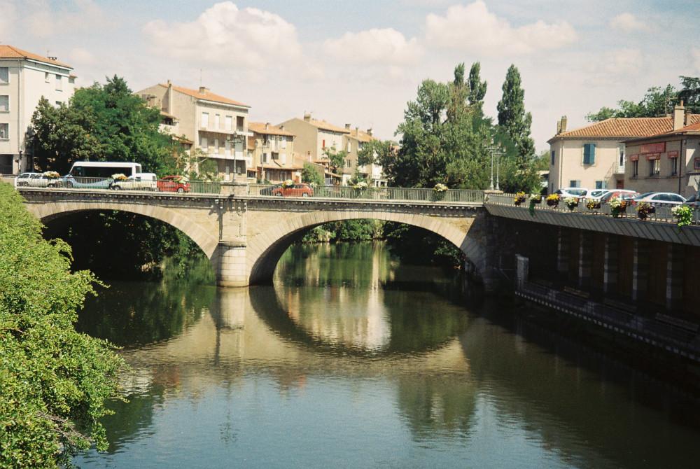 castres-pont-de-miramides-on-the-agout-river