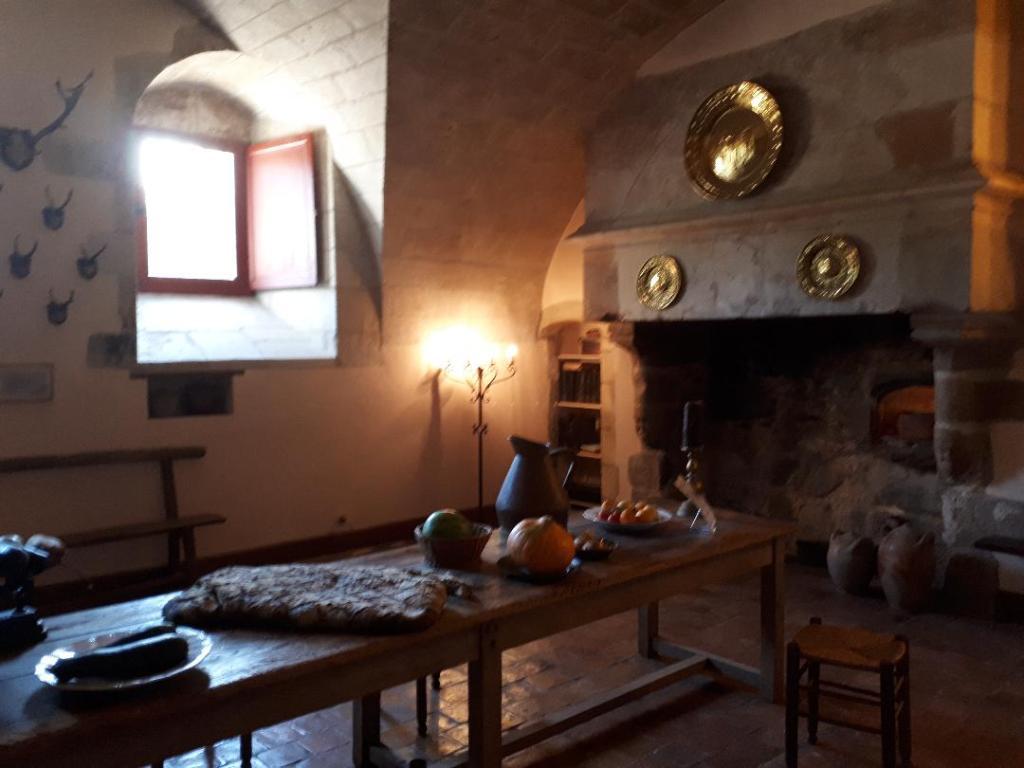 chateau-goulaine-kitchen-15c-aug18