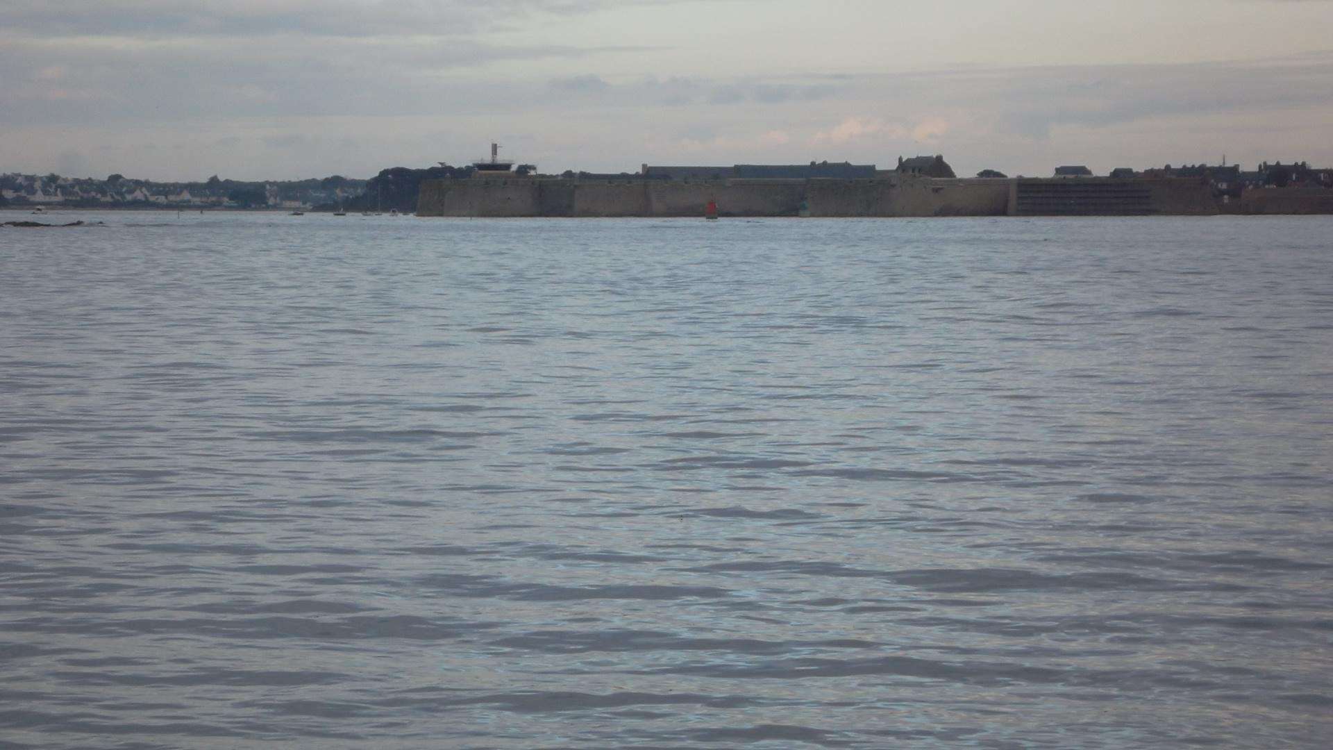 Larmor Plage looking towards Port Louis fortress mars12
