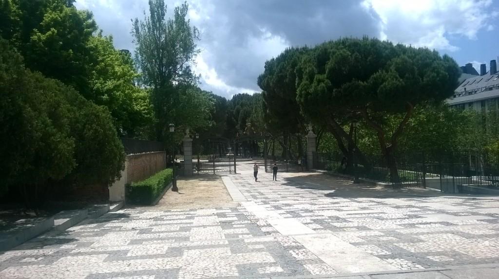 mad-jardines-sabatini-end-entrance-may16