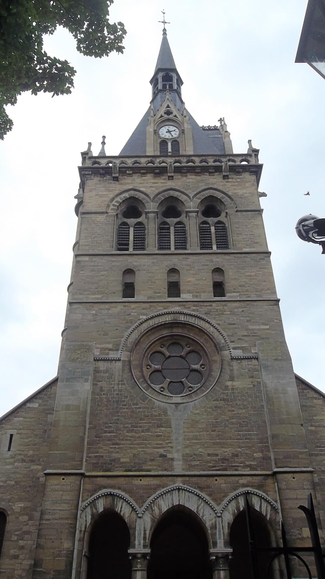 maisons-laffitte-tower-of-ch-st-nicolas-jun12