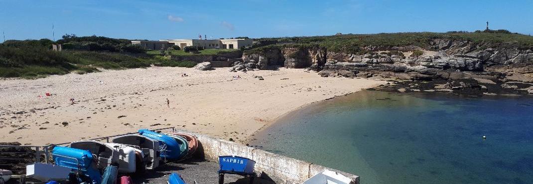 ploemeur-la-plage-de-port-blanc-kerroch-from-parking-may19