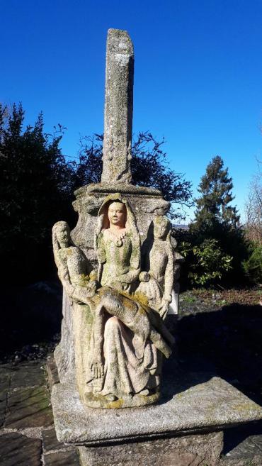 plussulien-statue-christ-by-ch-st-julien-feb20