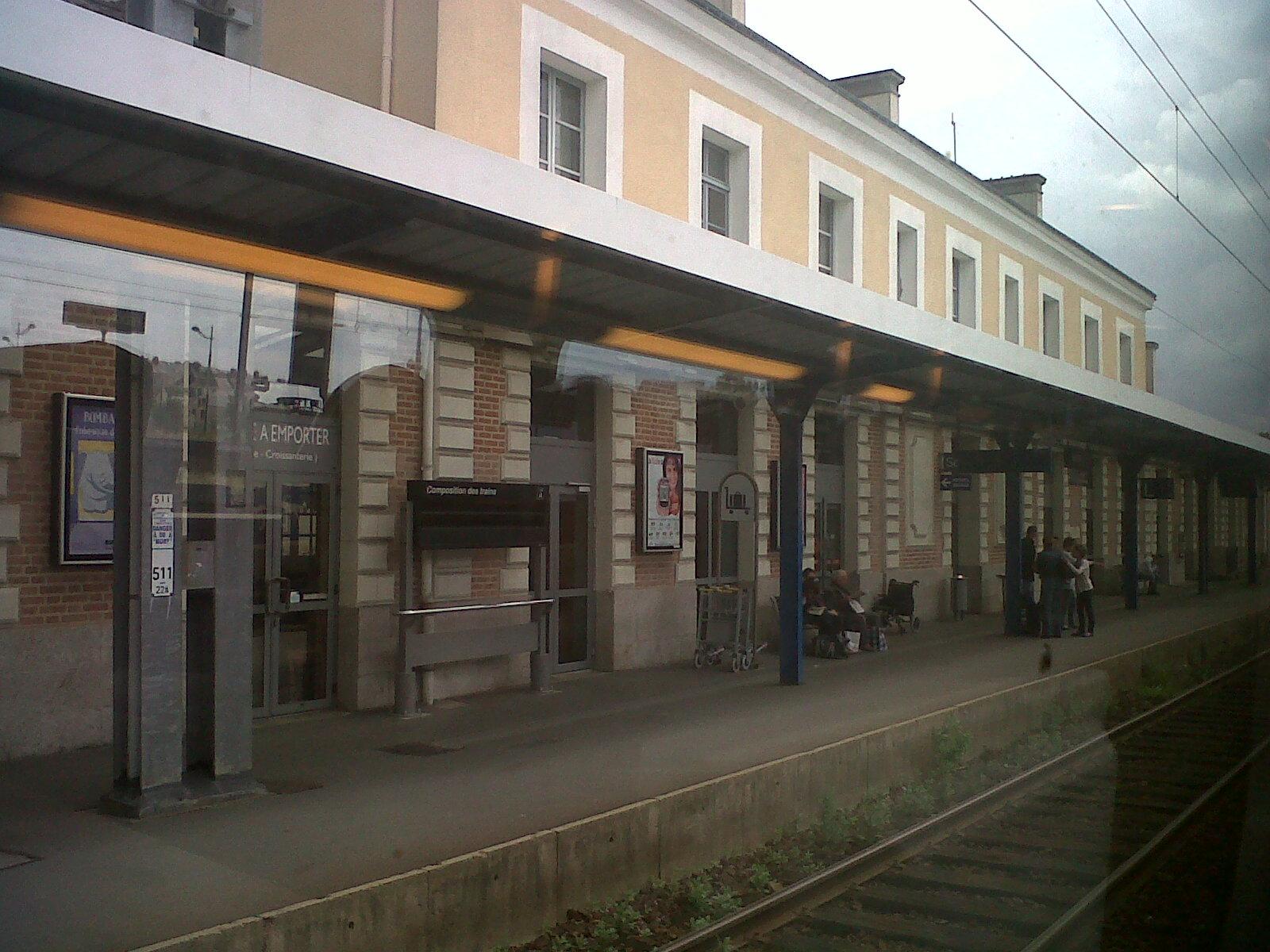 redon gare train station arriv jun12