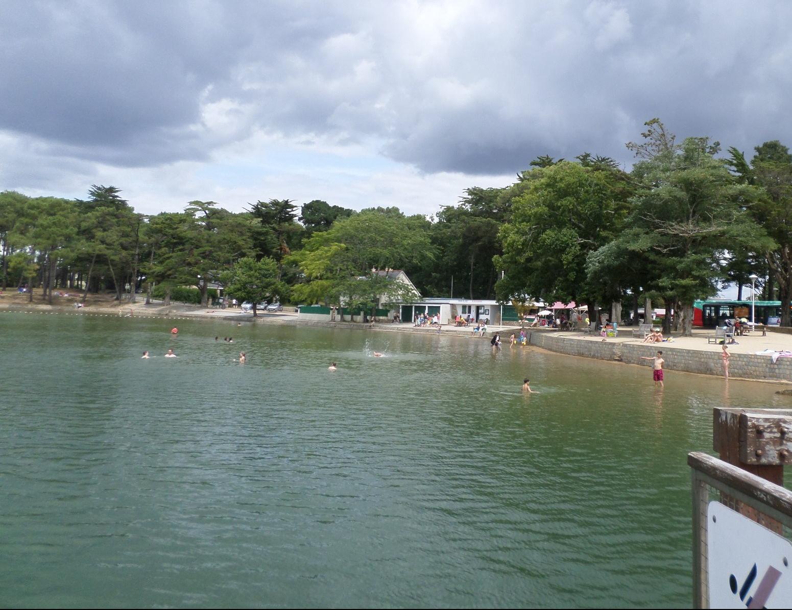 vannes-conleau-promenade-to-piscine