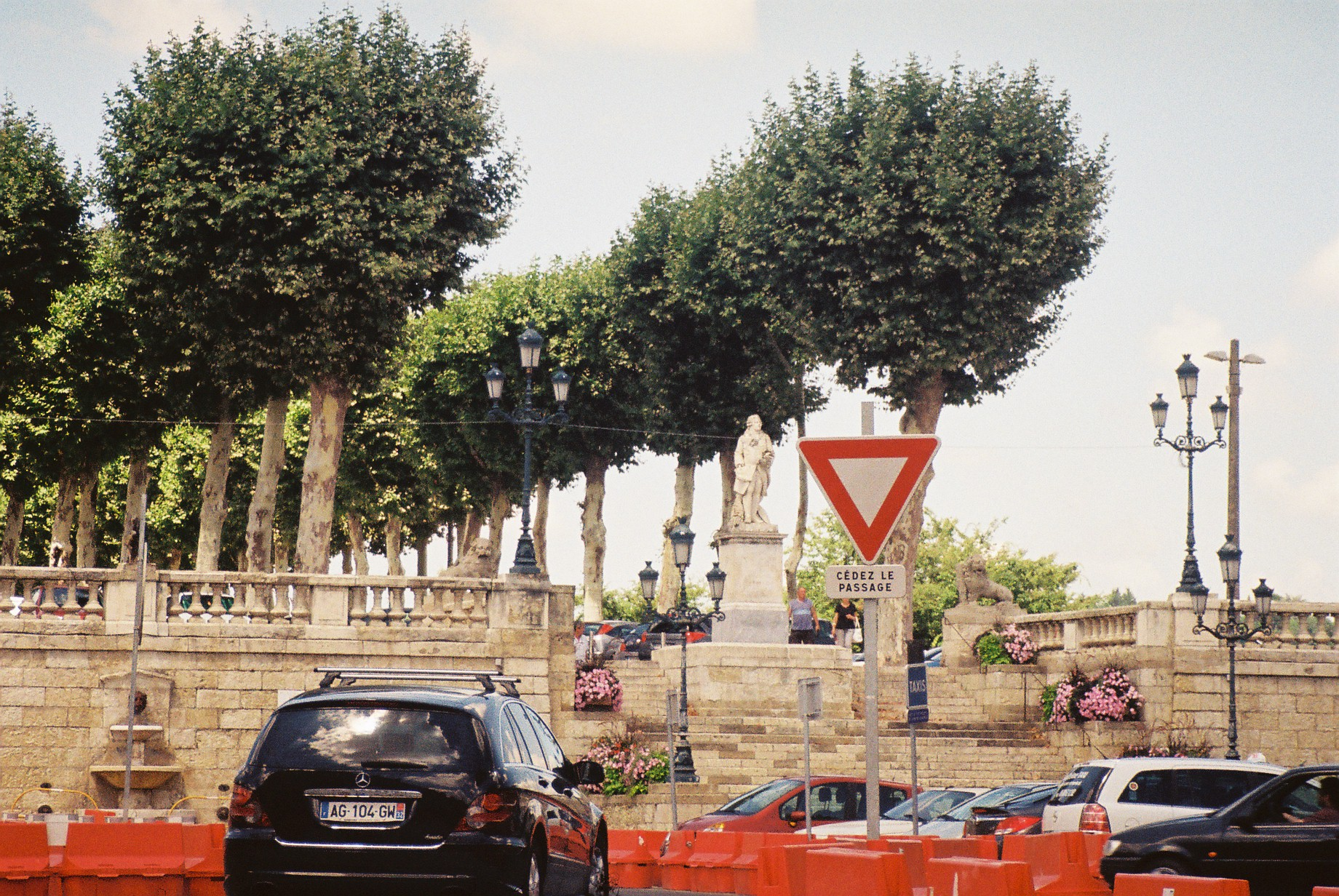 Auch pl de la liberation to promenade prefecture de Gers jul10