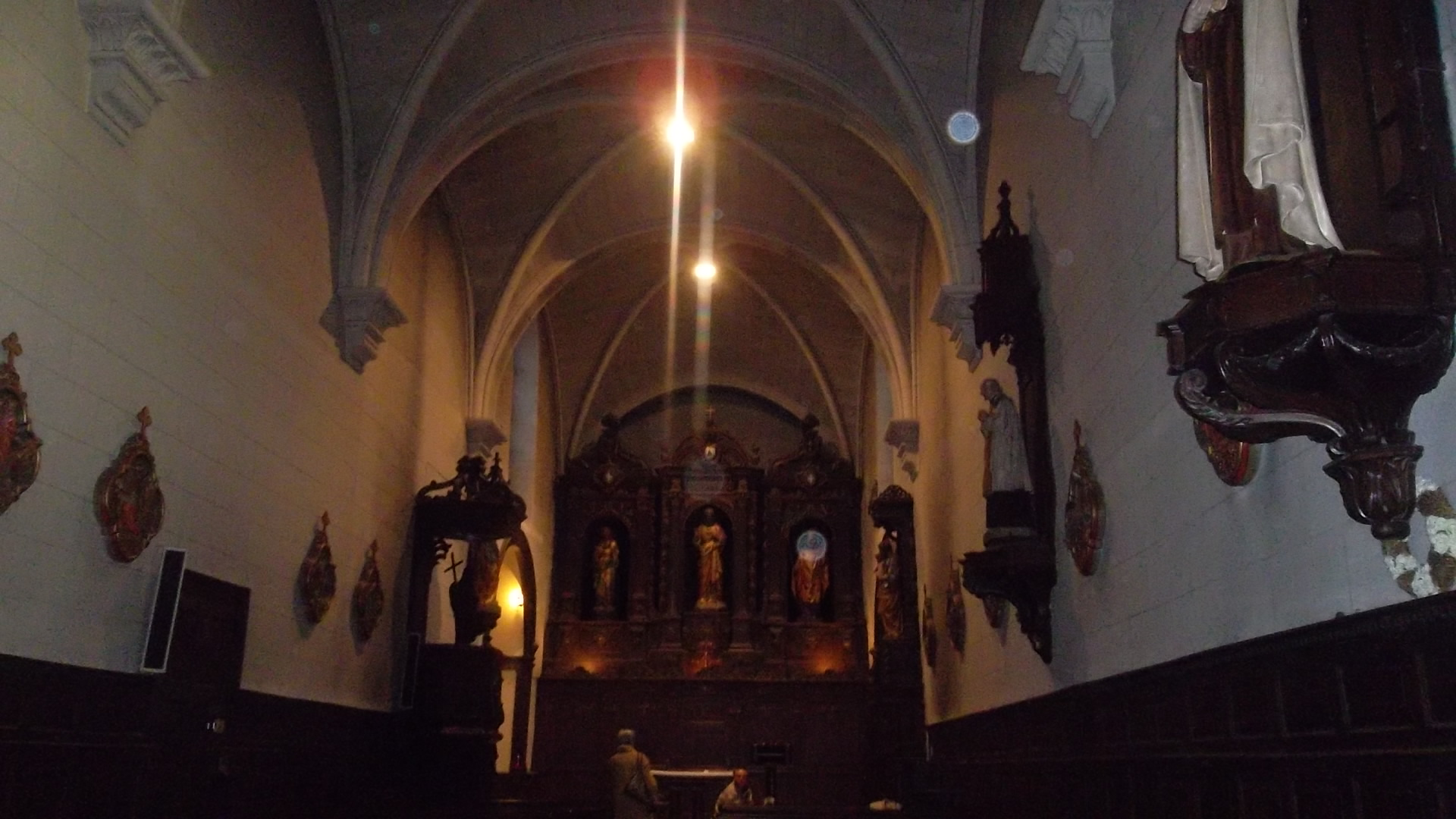 Auray chapelle St Helene hotel dieu inside jul13
