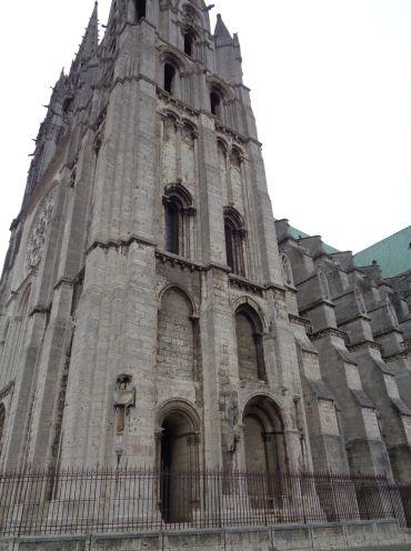 Chartres Cat ND belltower sep21