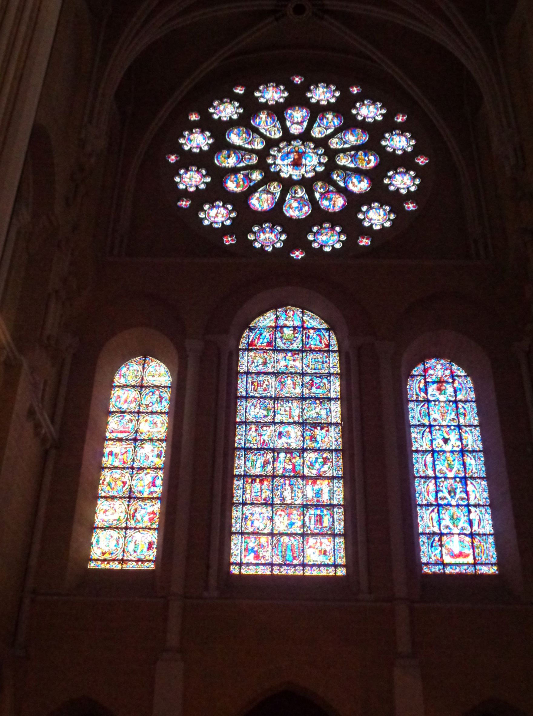 Chartres Cat ND staine glass west facade interior sep21