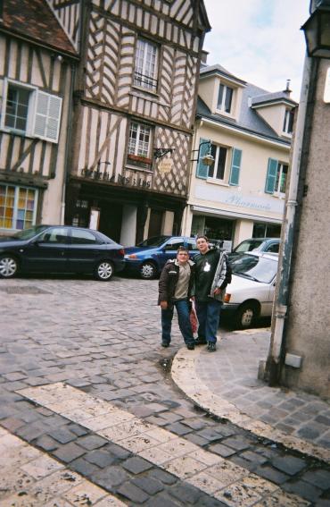 Chartres creperie les trois lys porte guillaume kids 2007