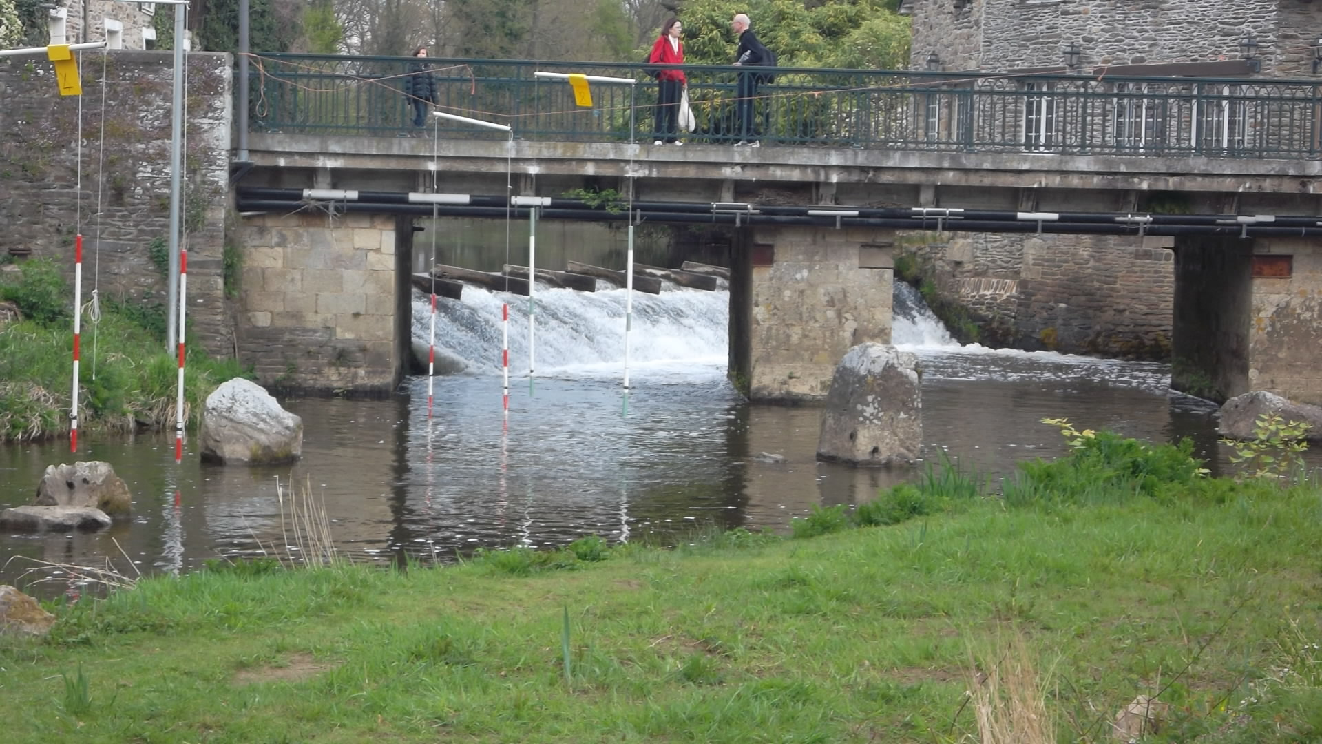 Maletroit oust rapids on canal pl bonsergent apr12