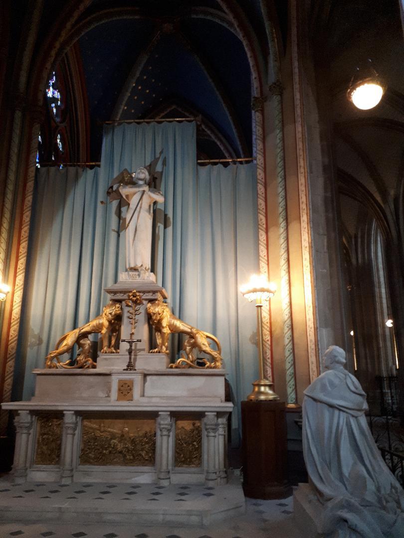 Orleans cat ste croix chapelle jeanne d'arc sep21